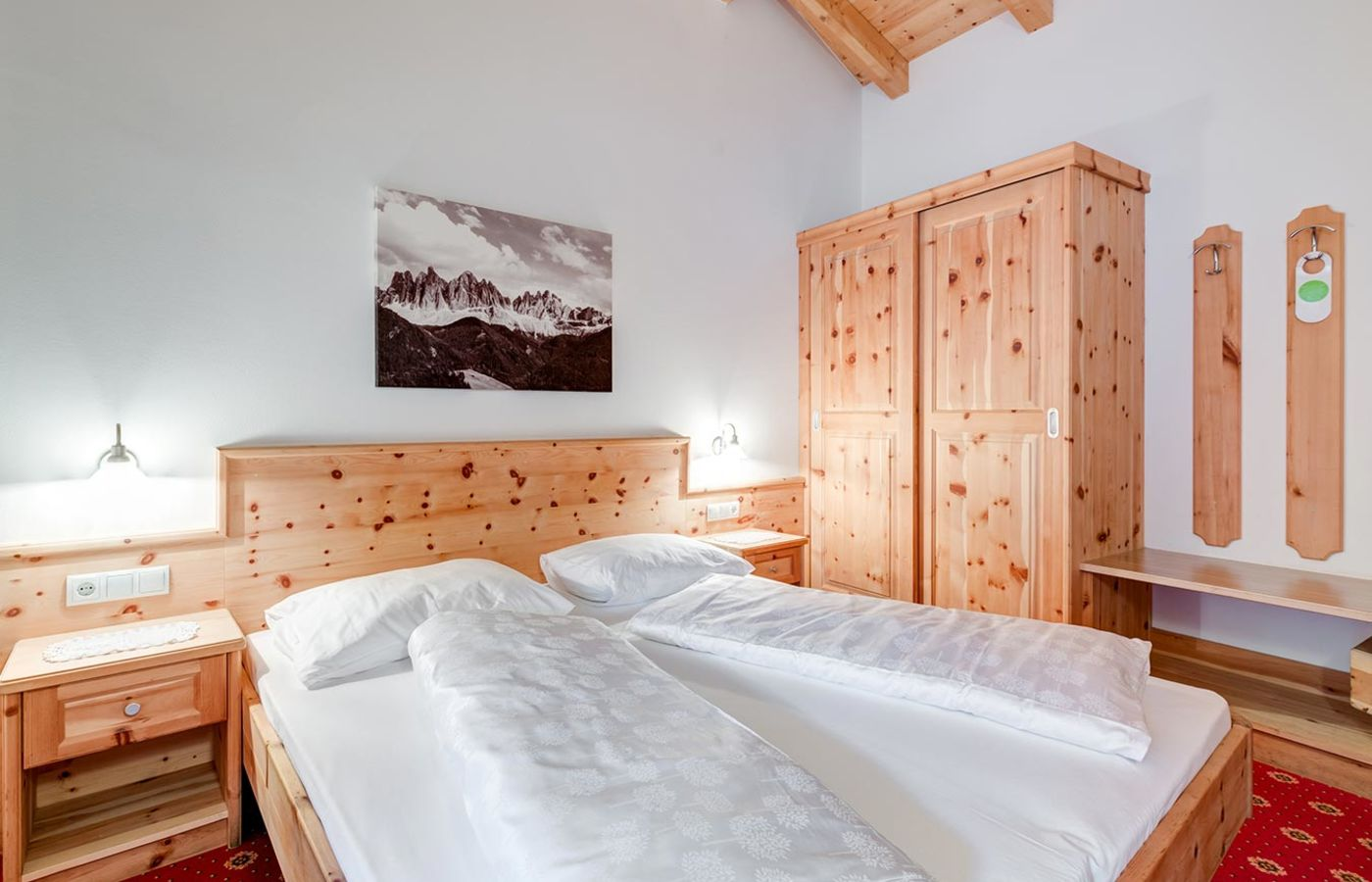 zum klostersepp 3 sterne hotel in klausen s dtirol. Black Bedroom Furniture Sets. Home Design Ideas